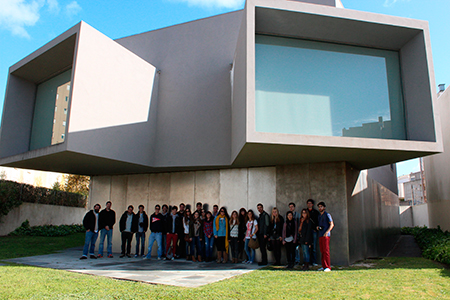 Visita alumnos Arquitectura grupo