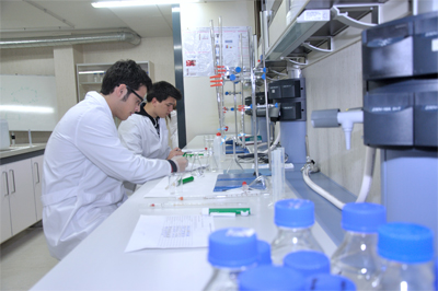 doble grado farmacia y biotecnologia