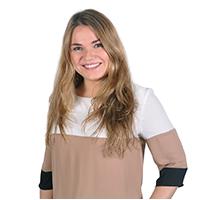 marta fitera perfil ADE Bilingüe + Marketing